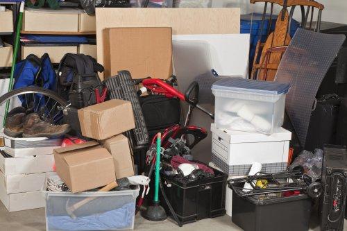 cluttered-garage2