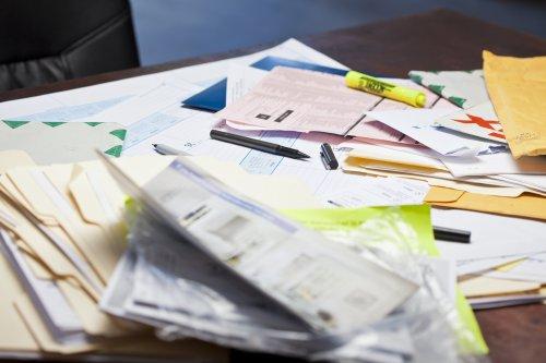 desk-clutter2